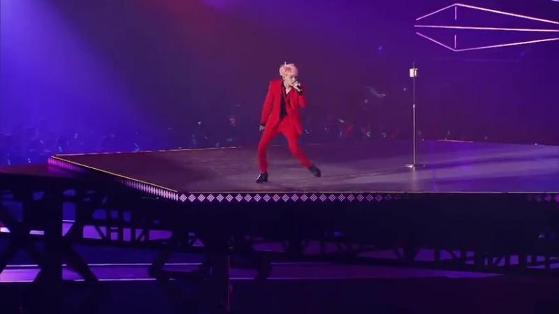 SHINee JONGHYUN - CRAZY (GUILTY PLEASURE...KYO DOME (480p).mp4