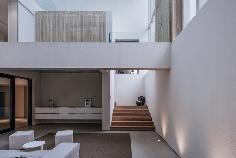 about architecture's house W in beijing overcomes weather conditions using passive design