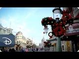 Magic Kingdom готовится к Рождеству, парк Walt Disney World, Орландо.