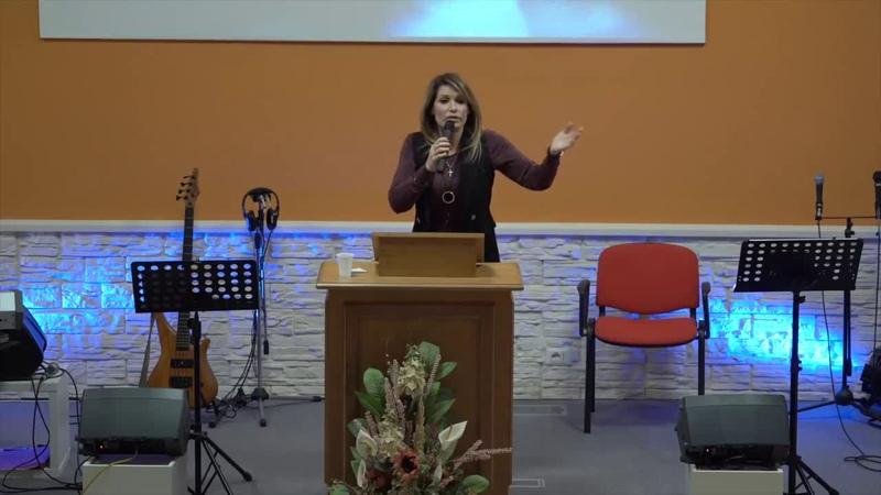 Live stream di Radio Evangelo-Nausica Della Valle: Ero omosessuale, Dio mi ha liberata