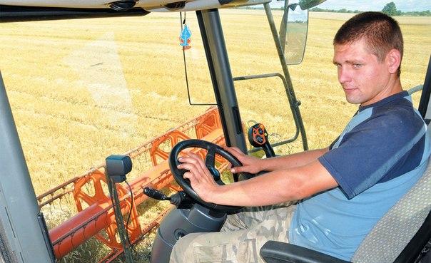 Неманские вести: Времени не теряют – урожай собирают