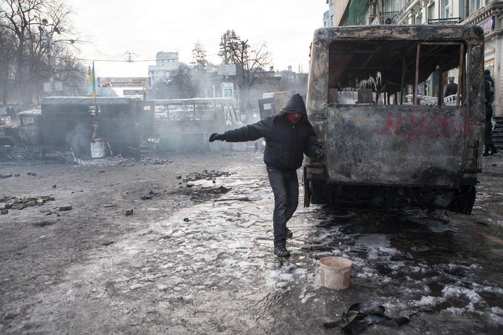 На Украине опять бунт VYyUsF23OHc
