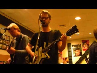 Moss - I Apologise (Dear Simon) (Live in Kroese at Record Store Day)