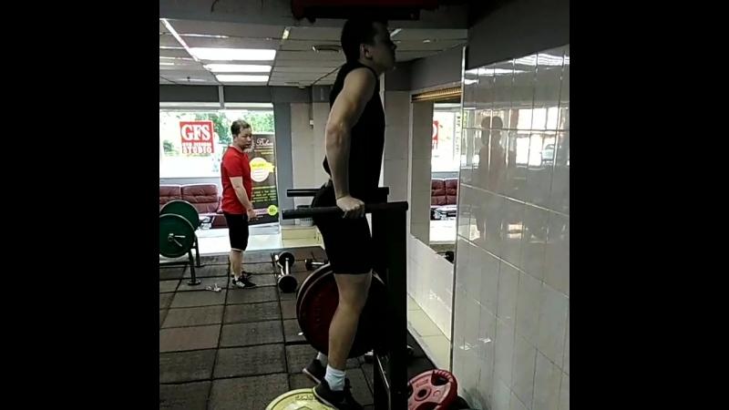 Долгожданные рекорд в отжиманиях на брусьях с дополнительным весом 50 кг