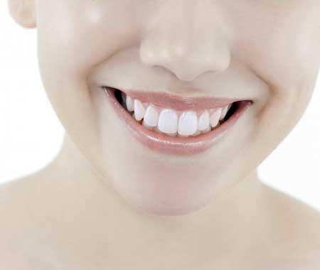 Частью стоматологии является изучение различных ролей зубов во рту.