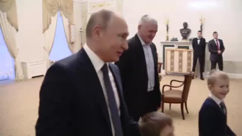 Владимир Путин встретился с Артёмом Пальяновым из Ленинградской области