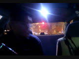 Пьяный водитель, у которого только что забрали машину, едет к проституткам.