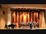 И. С. Бах. «Утренняя молитва» исполняет хор младших классов. Сынок Елисей справа от дирижера.воп