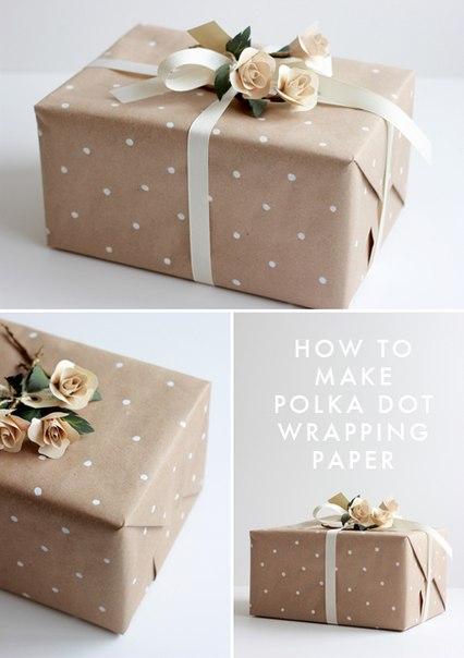Точечный фон на бумаге для упаковки подарков… (2 фото) - картинка