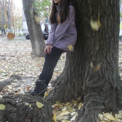 Лиза Брабец, 22 октября 1999, Армянск, id210439056