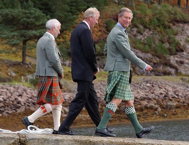 Почему мужчины Шотландии носят юбки.
