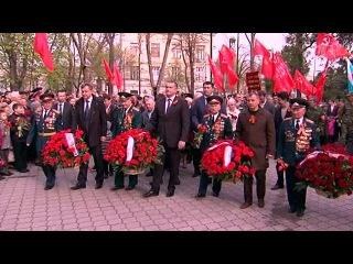 В Симферополе отмечают 70-летнюю годовщину освобождения города от фашистских захватчиков - Первый канал