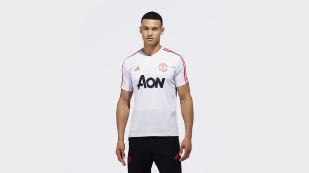 Тренировочная футболка Манчестер Юнайтед