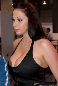 vk-porno-bogini-seksa-russkaya-blondinka-porno-model-video