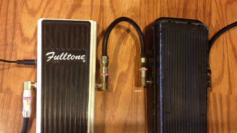Fulltone Clyde Standard Wah vs 1970s Vintage Cry Baby (Stack of Dimes Inductor)