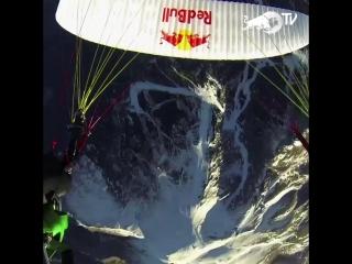 Skydive slingshot