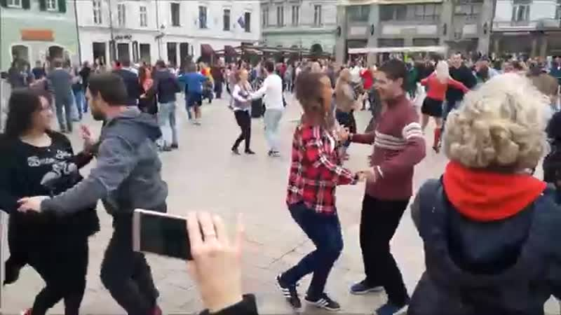 International Salsa Rueda Flashmob Slovakia 2018