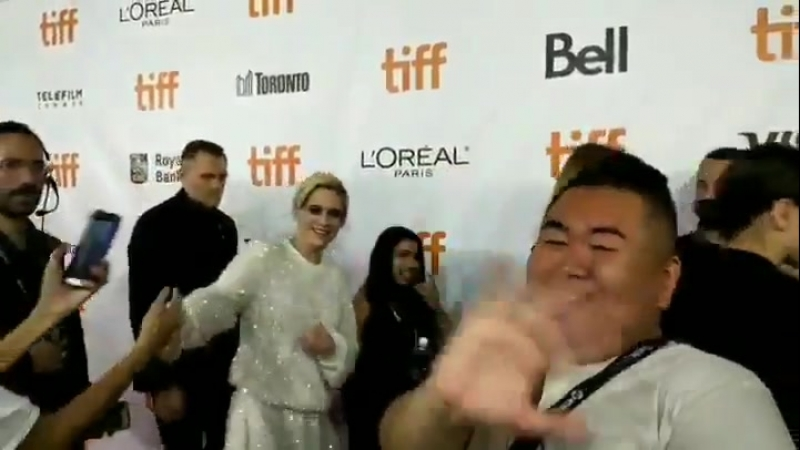MR. WILL WONG 📸 - Waving bye-bye to TIFF18 with LauraDern x KristenStewart at the Premiere of J