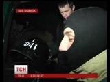В Івано-Франківську бійці батальйону ВВ віддали захисне спорядження активістам