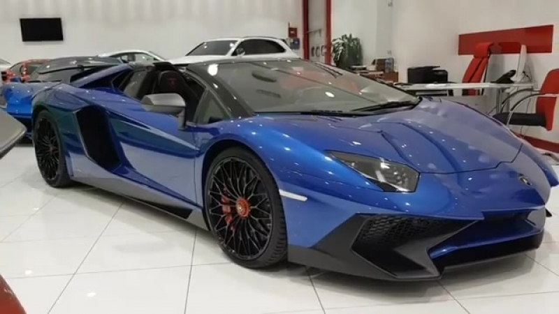 Aventador LP750-4 Superveloce Roadster ламборджини