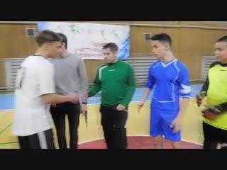 10.11.2018 Футбол Гаджиево 2 - Видяево, игра за 1 место, дс Строитель ч.1