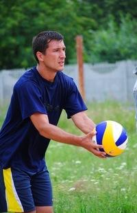Олег Симанов