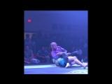 Адам Брэдли vs. Джимми Долан: финал схватки на турнире
