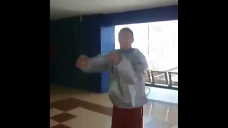 Усик и Ломаченко прикалываются над стилем Кличко