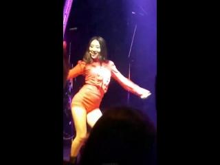 MAIN DANCER KIM BORA YAAS