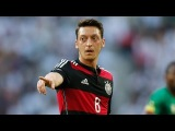 Mesut Ozil ► Everybody Wants To Rule The World [HD]