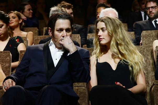 Обвинившей Джонни Деппа в насилии актрисе угрожали убийством и крахом карьеры Актриса Эмбер Херд, обвинившая бывшего мужа Джонни Деппа в домашнем насилии, после развода столкнулась с угрозами