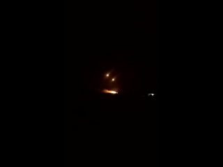 РСЗО САА обстреливает позиции боевиков в районе Нава