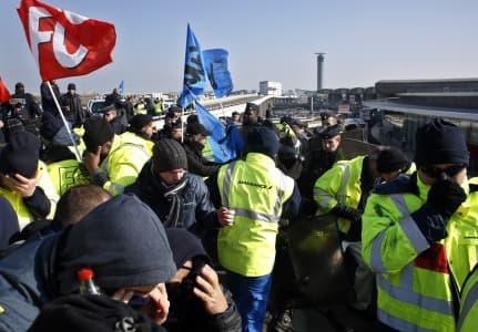 Забастовка в Париже. Прямой Эфир