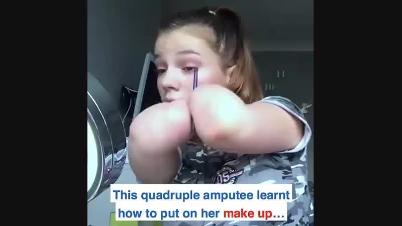 Женщины жалуются что макияж отнимает много времени... Вот вам мастер-класс))