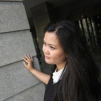 Светлана Ли