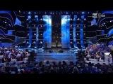 Enrico Ruggeri canta ''Questi tre signori'' ospite a Sanremo 14-02-2015