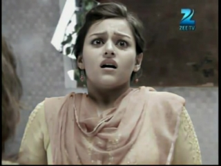 Surbhi & Neha stabbed in QH