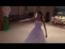 Prikolnyj tanec nevesty Nevesta zazhiga
