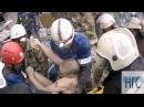 Работа спасателей на месте обрушения казармы в Светлом в Омске