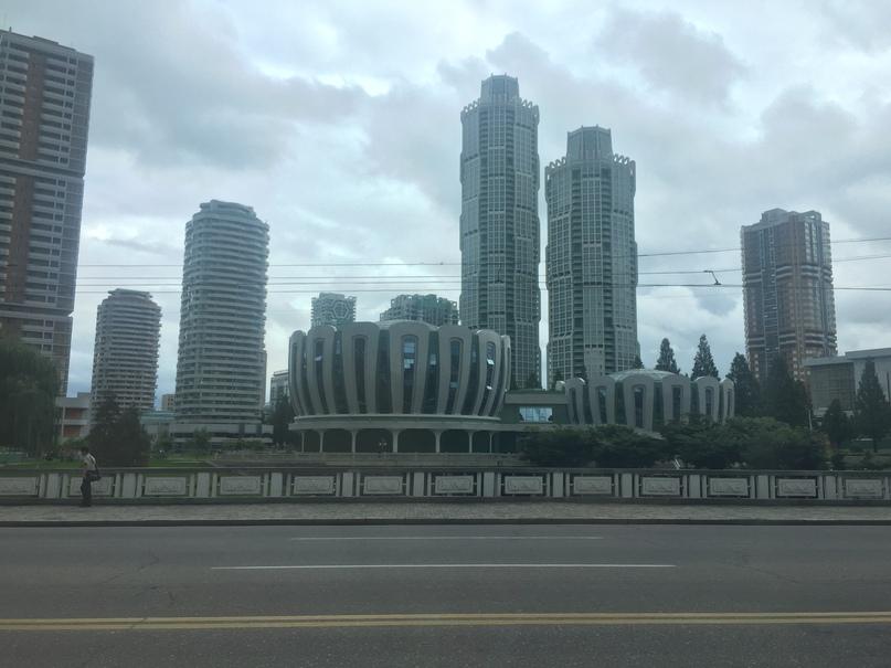 Отчет о путешествии в Северную Корею Современный район Рёмён