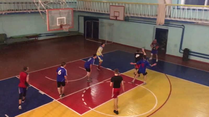 Лисичанск (Юг) - Горняк 2 четверть