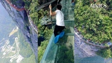 Glass Crack Effect Bridge Cried ( Like a Baby ) on Most Dangerous Tourist Destination in The World