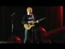 Тур Эд Ширан исполняет песню Bloodstream на стадионе Lincoln Financial Field Филадельфия США 27 сентября 2018