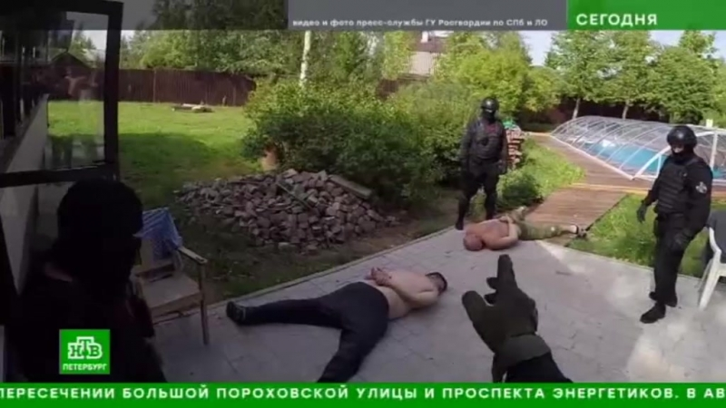 ТК НТВ - ОМОН (на транспорте) ГУ Росгвардии накрыл штаб-квартиру наркоторговцев в Ленобласти
