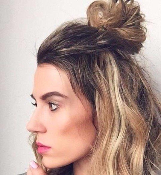 Причёска хвост на макушке