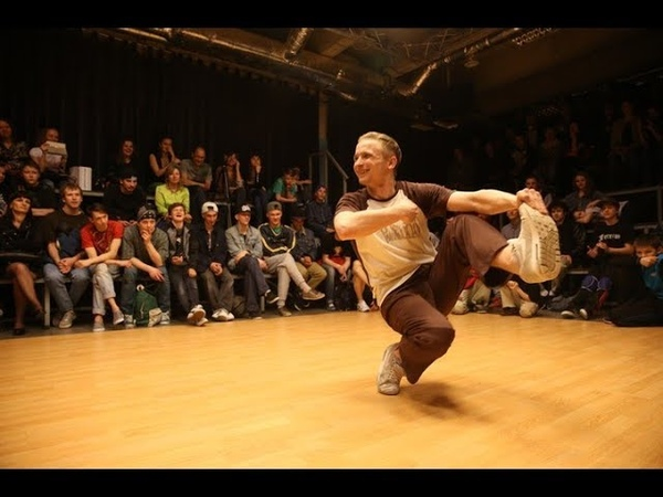 Russian Steps Contest (No Hands Footwork Battle). V1 BATTLE 2014
