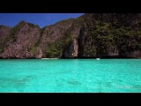 Amazing Blue Waters of Maya Bay, Koh Phi Phi, Phang Nga Bay Phuket, Thailand (Canon 5D Mark II)