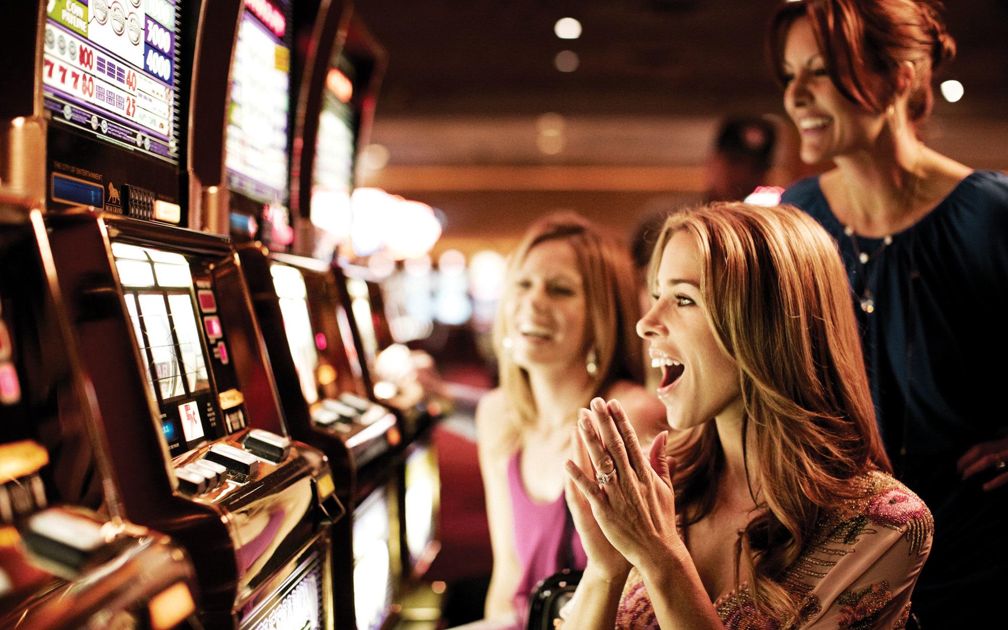 Обзор игровых автоматов Cashdrop
