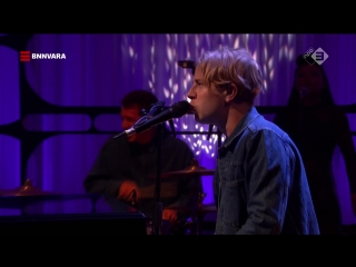Tom Odell - If You Wanna Love Somebody (The Graham Norton Show 23-12 - 2018-06-22)