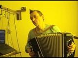 Rodrigo Amarante - Tuyo (Narcos Theme Song) cover accordion